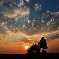 Волшебство закатного неба :: Валентина Пирогова