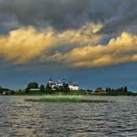 Облака над Ферапонтовым :: Валерий Талашов
