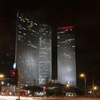 Ночной Тель-Авив башни Азриэли :: Oleg Gendelman