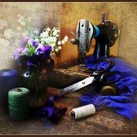 Что же из этого следует?— Следует жить, шить сарафаны и легкие платья из ситца. :: Елена Прихожай