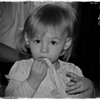 Приветик, мне уже ДВА года!!! :-))) :: Dana Spissiak