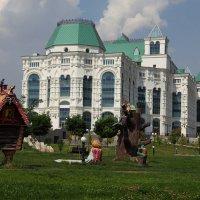 Театр оперы и балета в Астрахани :: Сергей Государев