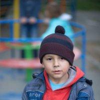 Мальчик из соседнего двора. :: Александр Андрианов
