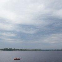 Небо над Волгой :: Елена Миронова