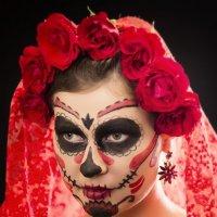 Са́нта Муэ́рте (исп. Santa Muerte — Святая Смерть) :: Victoria Luneva