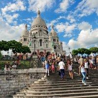 Ах, милый Ваня, я гуляю по Парижу... :: Павел Сущёнок