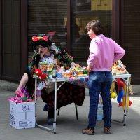 ...продавцы бывают разные... :: Ольга Нарышкова