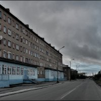 Улица Матвеева. :: Николай Емелин