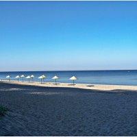 Пустынный пляж Янтарного. :: Валерия Комова