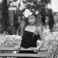 Юная модель :: Elena Bardizhka
