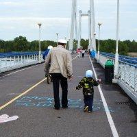 Деда и внук :: Виктория Большагина