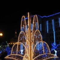 Новогодний фонтан :: Anatol Dzhygyr