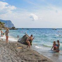 Ближний пляж у Балаклавы :: Игорь Кузьмин