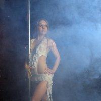 Танец в дымке... :: Павел Генов