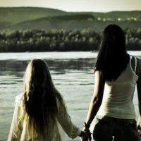 Мама и дочь :: Павел Швалов