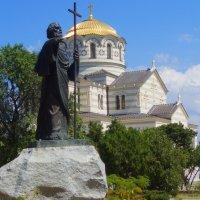 Храм в Севастополе 1 :: Евгений Решетников