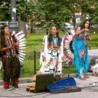 Индейцы в Санкт-Петербурге :: VasiLina *