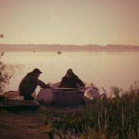 Рыбалка на рассвете :: Татьяна Мартынова