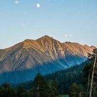 Когда засыпают горы.. :: Дмитрий Марков