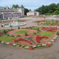 Дворец в парке Кадриорг :: laana laadas