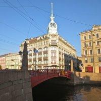у  Красного моста :: Елена