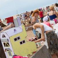 Конкурс картонных домиков на Финском заливе :: Ева Олерских