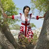 Платье с орнаментом :: Фёдор Юдин
