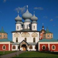 )))_ :: Карпухин Сергей