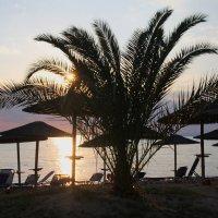 Закат на Эгейском море-2 :: Гена Белоногов