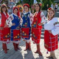 Щирі україночки :: Юрий Муханов
