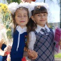 В школу, как на праздник... :: Natalisa Sokolets