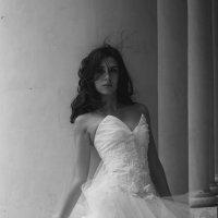 Lone Bride :: Nikolay Bazanov
