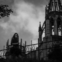 Ночь на кладбище :: Olga Shvanskaya