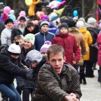 масленица (перетягивание каната ) :: Антон Светохин