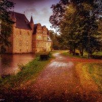 Осень. Wasserschloss Schelenburg. Deutschland :: Yuriy Rogov
