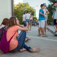 В ожидании веселья (цвет) :: Оксана Коваленко