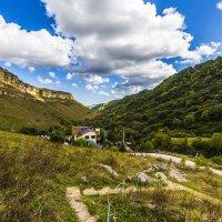 Ущелье в горах Северного Кавказа :: Николай Николенко