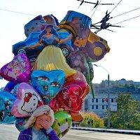 Город.Жизнь в цвете.Праздник :: Владимир Безгрешнов
