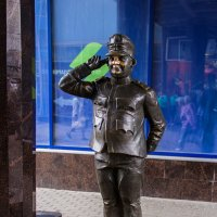 Памятник бравому солдату Швейку :: Денис Бажан