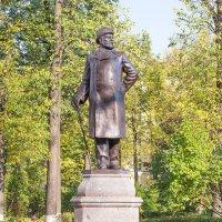 Памятник почетному гражданину города :: Елена Панькина