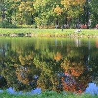 Поправляя яркие прически в тишине... :: Tatiana Markova