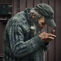 Чтобы выжить... :: Александр Поляков