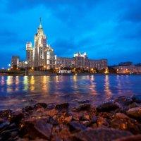 высотка на котельнической набережной :: Александр Шурпаков