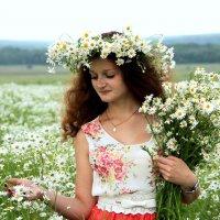 портрет с ромашками :: Tatyana Belova