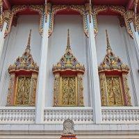 Таиланд. Корат. Стена храма :: Владимир Шибинский