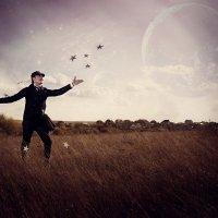 The Postman of Dreams :: Lisa Serge