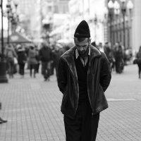 Один в чужом городе. :: Александр Степовой