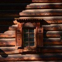 окно не маленького  крестьянского домика :: Svetlana AS