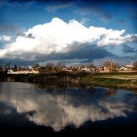 В реку смотрятся облака... :: Алла Рыженко