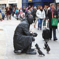 Живая скульптура на улице Дублина :: Владимир Сарычев